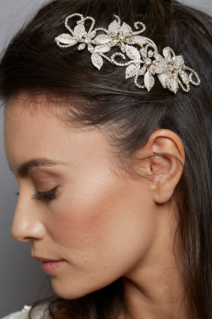 AW1163 Flower and Leaf Bridal comb