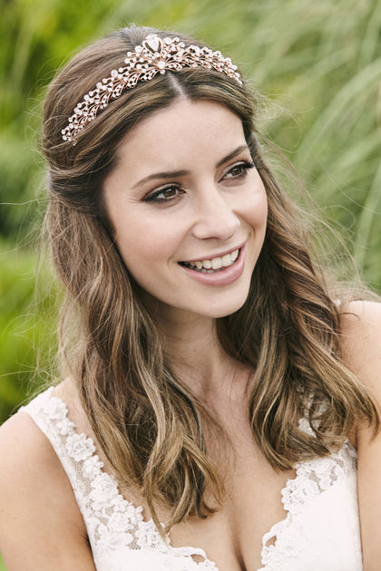 AW1288 Traditional Bridal Tiara