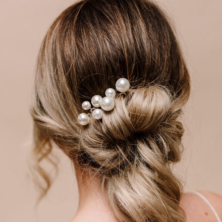 Purity Pearl Hair Pins