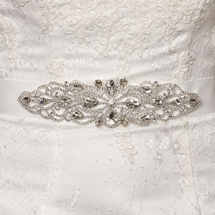 Diamante Leaf & Chain Detail Bridal Belt