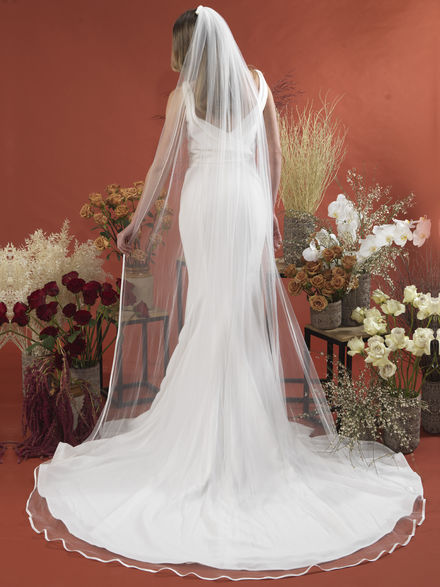 Single Tier Bridal Veil with Ribbon Edge