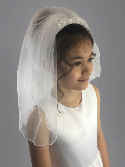 Pearl Flower Hair Band with Scattered Pearl Veil Attached