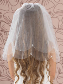 Bead, Pearl and Flower Scallop Edge Veil
