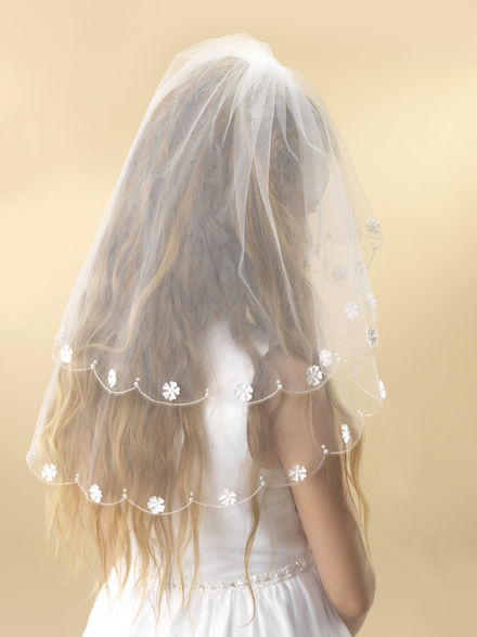 Scalloped Edge Communion Veil with Flowers